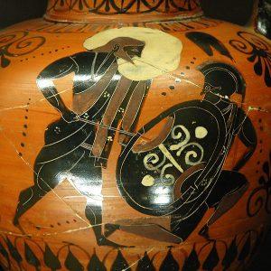 Poséidon affrontant le géant Polybotès, amphore à col attique à figures noires du Peintre de la Balançoire, v. 540-430 av. J.-C., musée du Louvre
